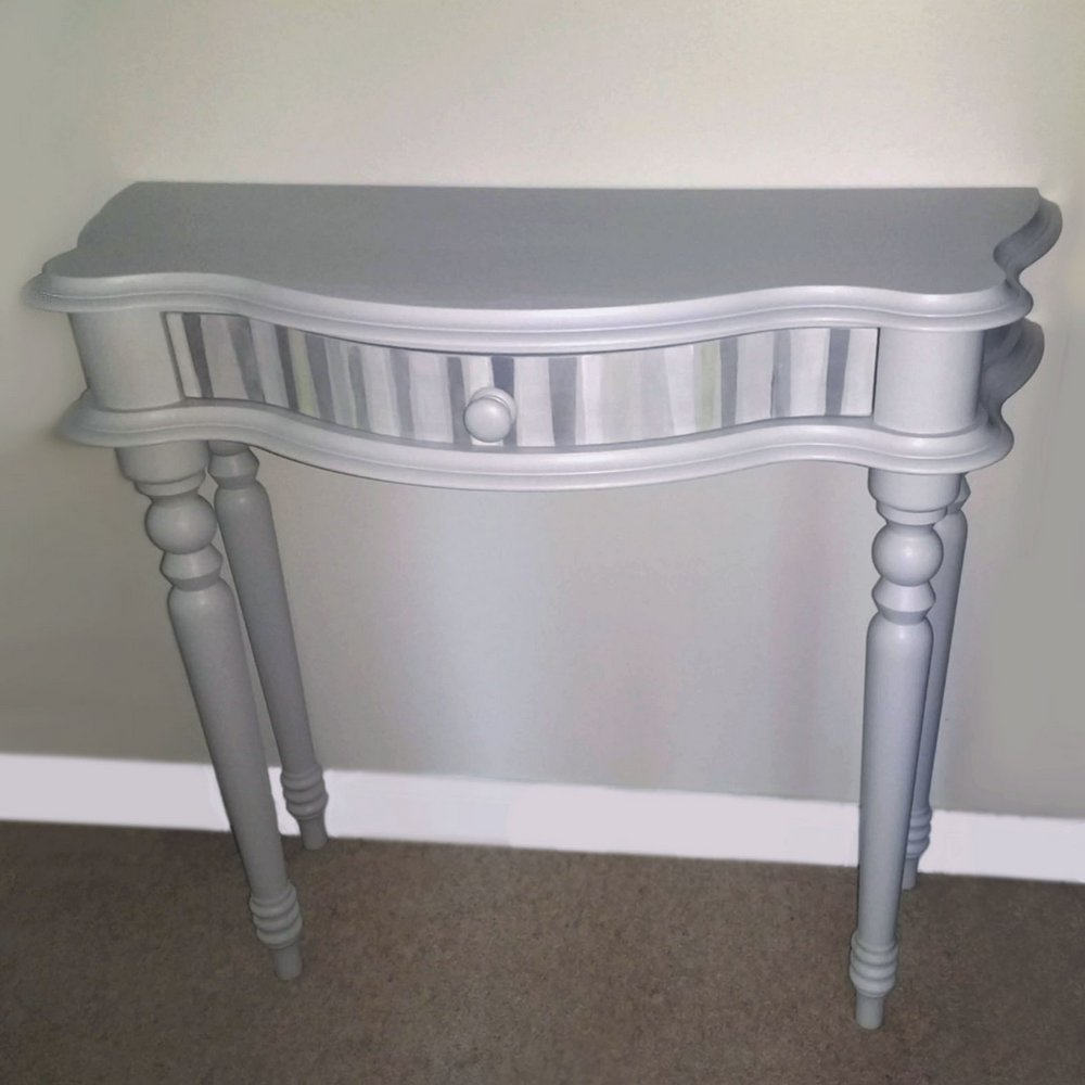 upcycled table Half Moon